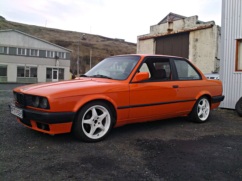 related pictures orange bmw - photo #4